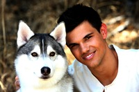 New-hq-seventeen-outtakes-taylor-lautner-32541970-5000-3333